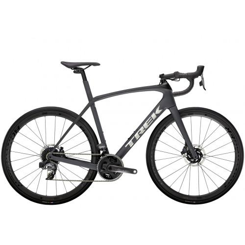 Trek Domane SL 7 eTap kerékpár (2021)